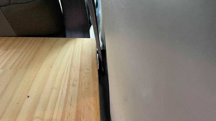 リアサイドテーブル設置手順3-4(天板の固定)